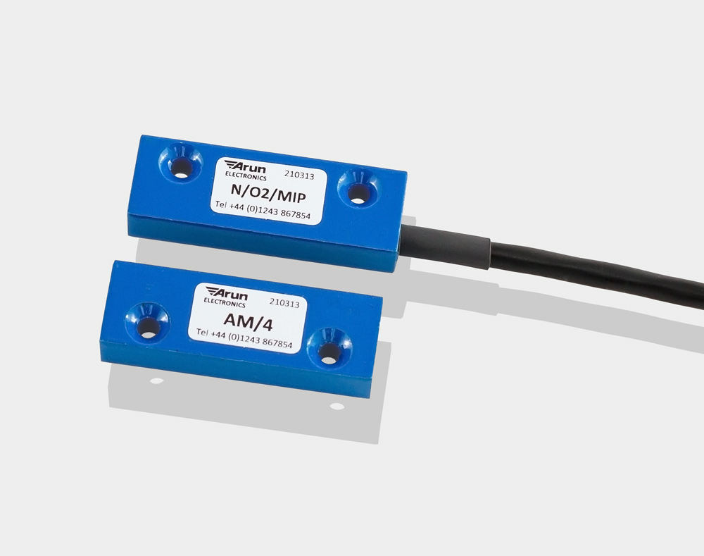 Miniature IP66 reed switch sensors, N/O2/MIP